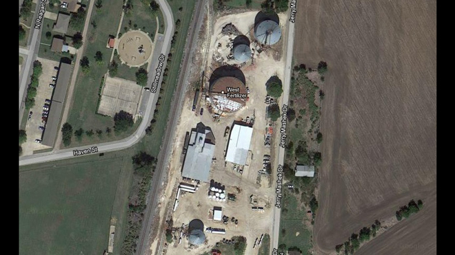 The West, Texas plant that blew up is minuscule compared to the proposals for two new ammonium nitrate plants in SW Indiana. Image: Google Earth