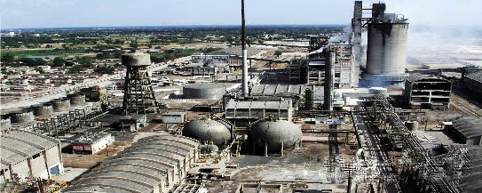 This internet photo shows a Fatima fertilizer plant as it exists in Pakistan. Today, indiana Governor, Mike Pence stopped plans by Posey County economic development officials to build what they called a $2 billion plant to make fertilizer. Valley Watch objected to the siting of the facility as being in too close proximity to another explosive plant, the second largest ethanol plant in the US, operated by Aventine Renewable Energy.
